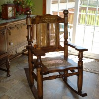 rocking_chair_carved_back_2